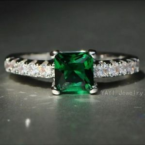 Emeral Saphire Antique Engagement Wedding Ring